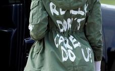 «Realmente no me importa»: la inoportuna chaqueta de Melania Trump