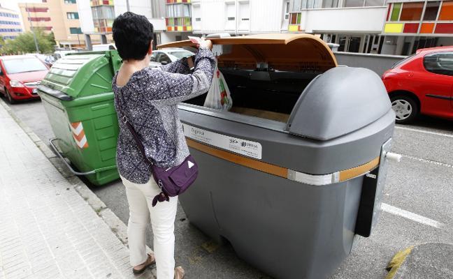 Emulsa pondrá cierres en los contenedores de basura general y limitará sus días de uso