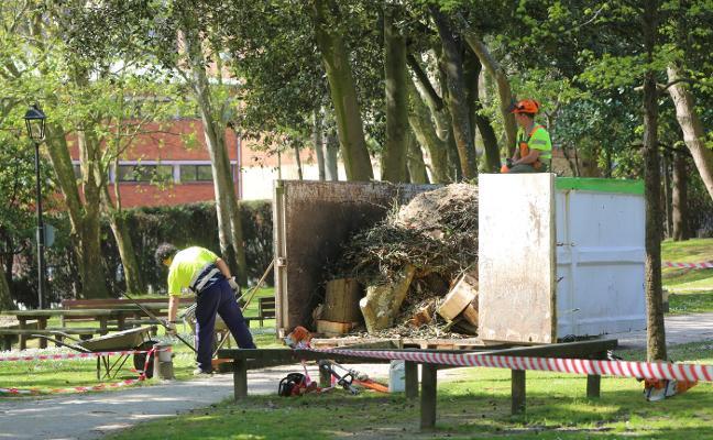 Cuatro de cada diez trabajadores del Ayuntamiento de Avilés tienen contrato de interinos