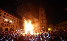 El fuego devora al arte por San Juan