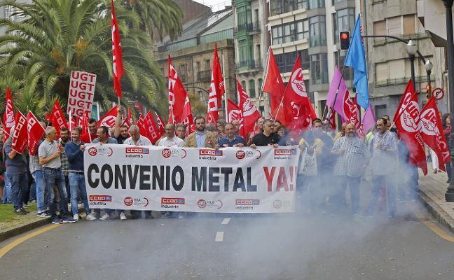 Más de 120.000 trabajadores asturianos tienen aún «bloqueados» los convenios