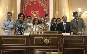 El equipo del IES Cristo del Socorro de Luanco gana la final nacional de la Liga de Debates