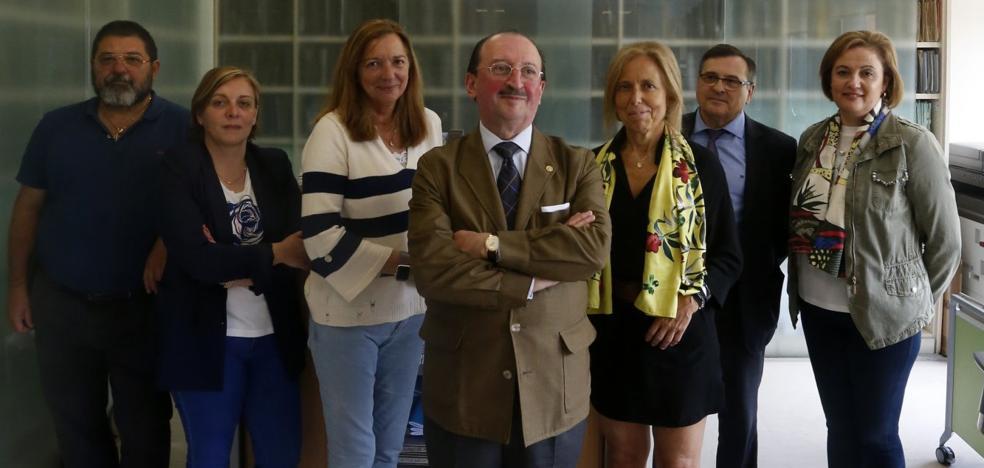 Las mujeres ya son mayoría en el Colegio de Médicos de Asturias