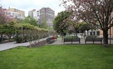 Detenido en Gijón un hombre de 60 años por agredir sexualmente a una mujer en la plaza de Europa