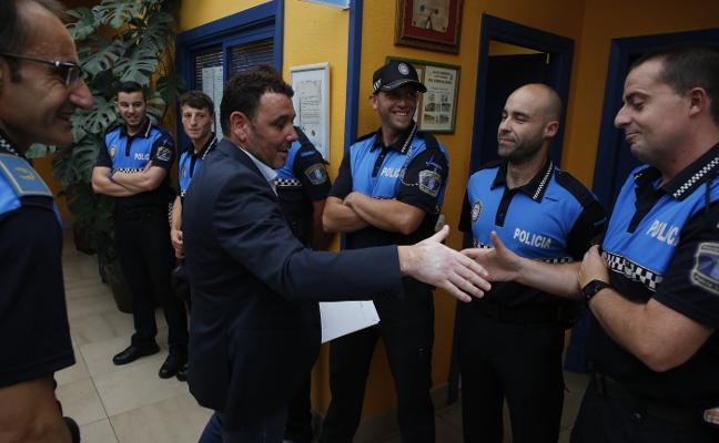 Laviana amplía la plantilla policial con la incorporación de seis agentes