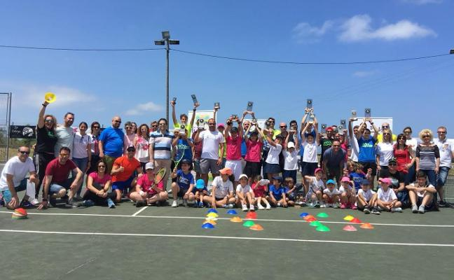 Arranca el campus de tenis Rosa Domínguez