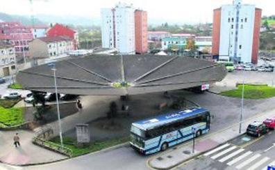 Los buses entre Oviedo, Villaviciosa y Cangas de Onís pararán en la Pola