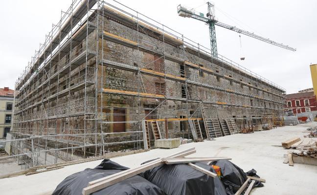 La oposición reclama «versatilidad de usos» y fondos para convertir Tabacalera en museo