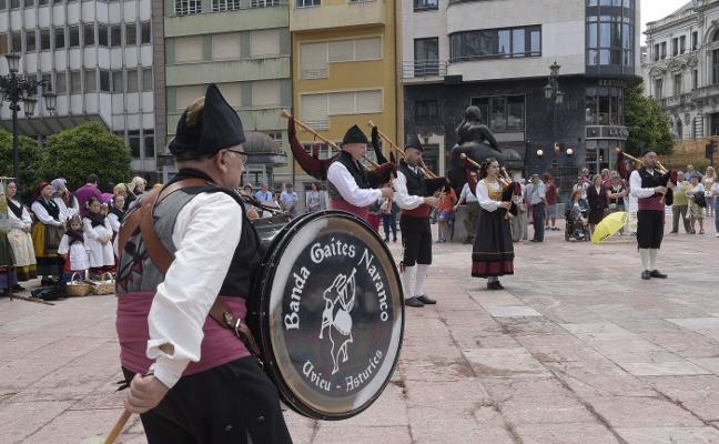 Folclore en las calles de El Antiguo