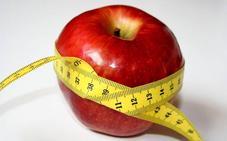 «Tomar una manzana a media mañana es un error si quieres cuidar tu dieta»