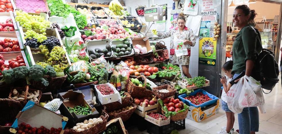 Los asturianos, entre los que más gastan en comida y bebida
