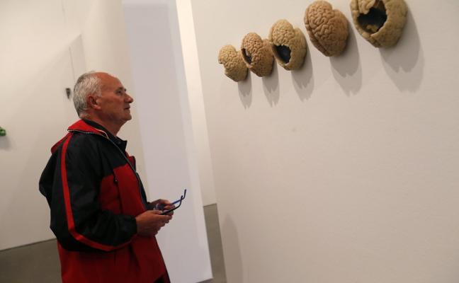 Lidó Rico inaugura exposición en Oviedo