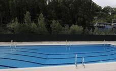 Un niño de 9 años se ahoga en una piscina y 'revive' tras una hora de reanimación