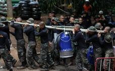Fallece un buzo en las tareas de rescate de los niños de la cueva de Tailandia