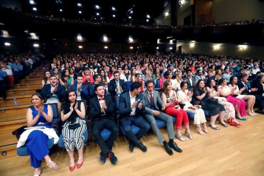 Graduación de los alumnos de la Facultad de Formación del Profesorado