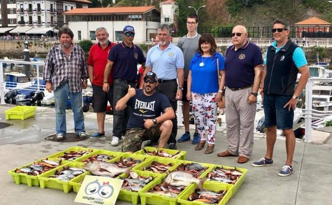 29 barcos participaron en el XIII Campeonato de Pesca a Fondo de Candás