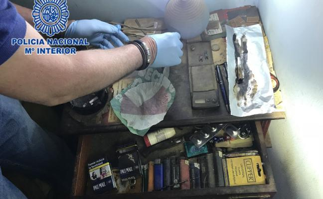 Detenidos siete traficantes por la venta de heroína en pisos de Gijón y Oviedo