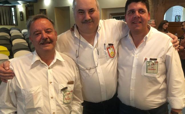 Antonio Ochoa recibe la Medalla de Oro de los Artesanos