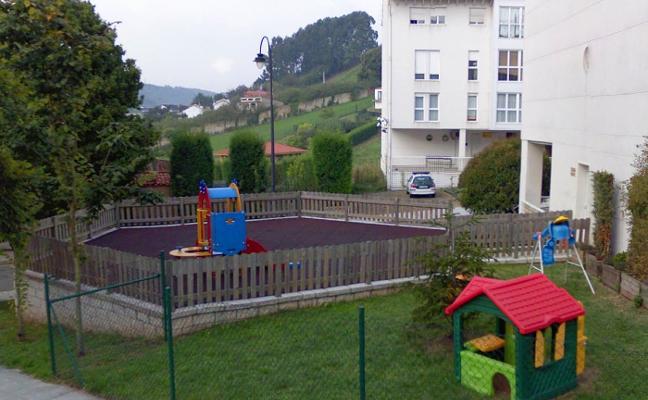 Candás celebra la caída a la mitad de las cuotas de la escuela La Marinera