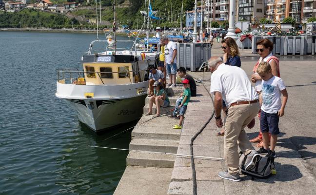 Gastronomía y pesca para despedir a la Virgen de Guía