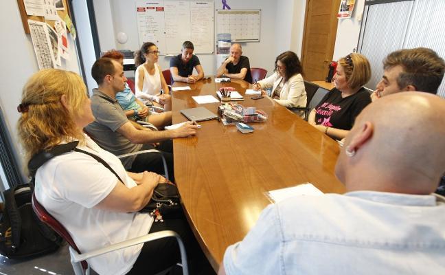 Dos clubes de La Calzada reclaman iniciar las obras de un pabellón deportivo