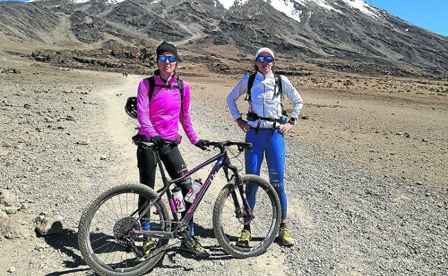 Ruth Moll hace historia en el Kilimanjaro