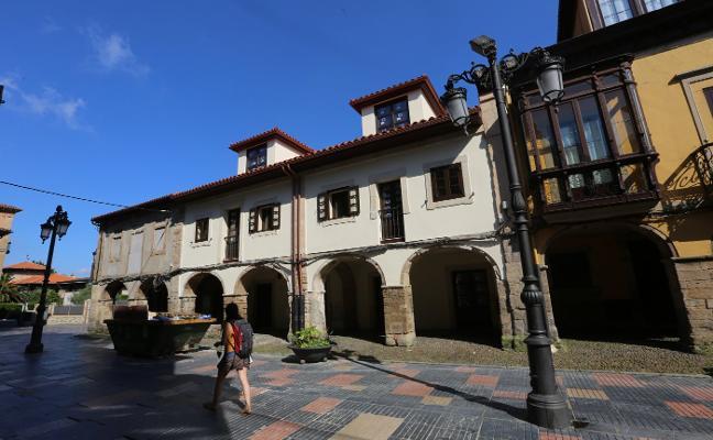 Un empresario ovetense abrirá un hotel de 14 habitaciones en las casas gemelas de Galiana