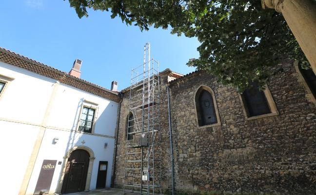 La parroquia de San Nicolás comienza las obras para arreglar su cubierta