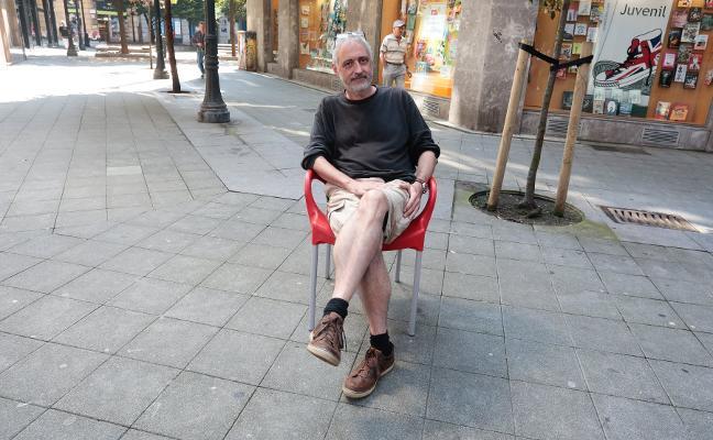 «Mi libro refleja el clima opresivo en Uruguay»