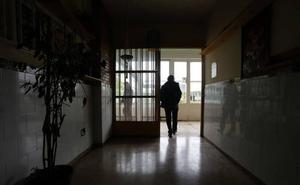 Los funcionarios de la cárcel de Asturias encuentran a una reclusa muerta