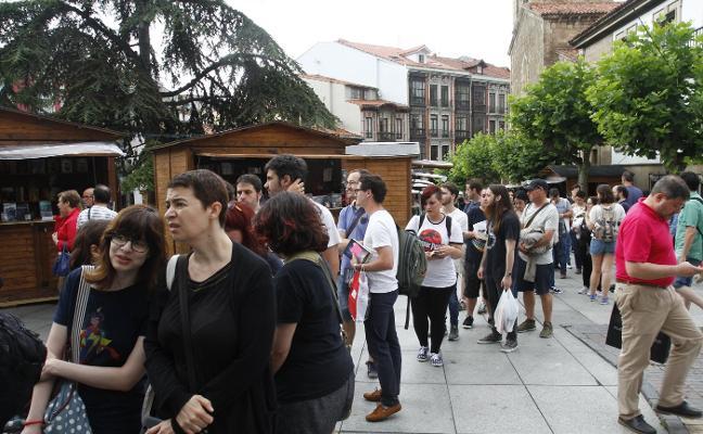 Público de todas las edades llena el primer día del festival Celsius 232