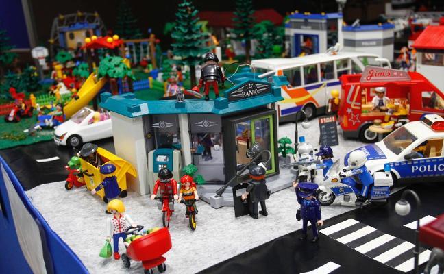 Recreaciones de fantasía con muñecos Playmobil en El Atrio