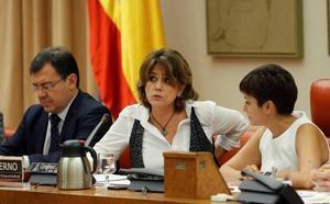 El Gobierno impulsará las exhumaciones y estudiará ilegalizar las asociaciones que hagan apología del franquismo