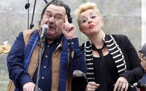 Fallece Luis Cuervo, voz de Los Desiempre, y autor del éxito playu 'Muiles en el Piles'