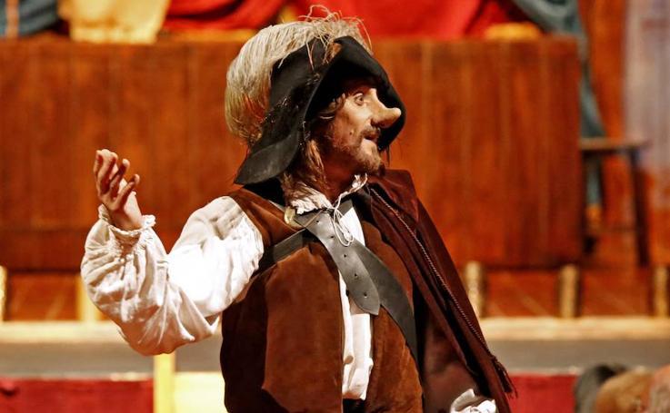 Cyrano de Bergerac triunfa en el Jovellanos