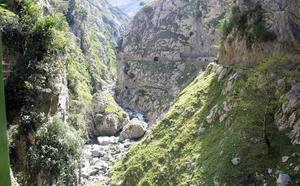 La Garganta del Cares, una gran ruta para el verano