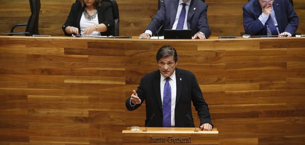 Javier Fernández pedirá a Sánchez que fije un calendario para el cierre de las centrales de carbón «a medio y largo plazo»