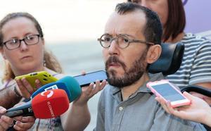 Echenique: «El PP usa el conflicto catalán para volverse un partido populista de extrema derecha y antieuropeo»