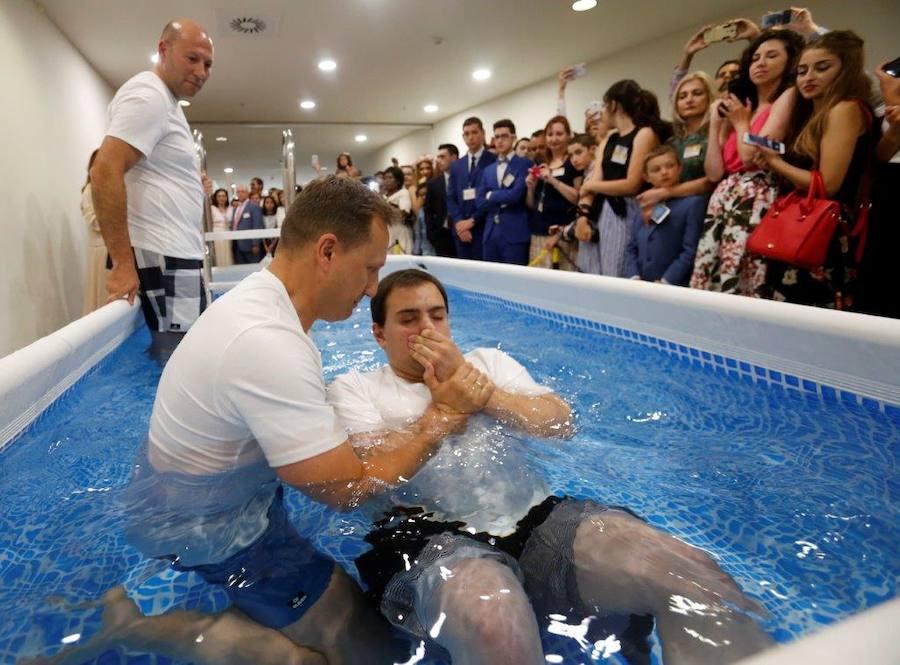 3.000 testigos de Jehová se reúnen en Oviedo
