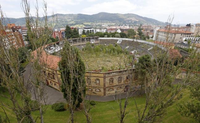 El alcalde de Oviedo plantea rebajar la catalogación de la plaza de toros para poder rehabilitarla