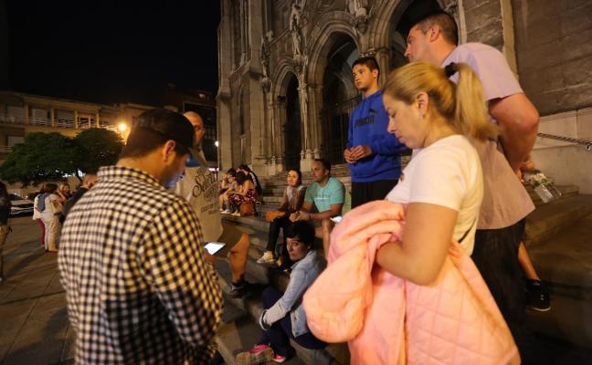 La policía centra en Gijón la búsqueda de la joven avilesina desparecida la madrugada de ayer