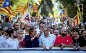 Miles de personas claman en Barcelona por la libertad de los independentistas presos