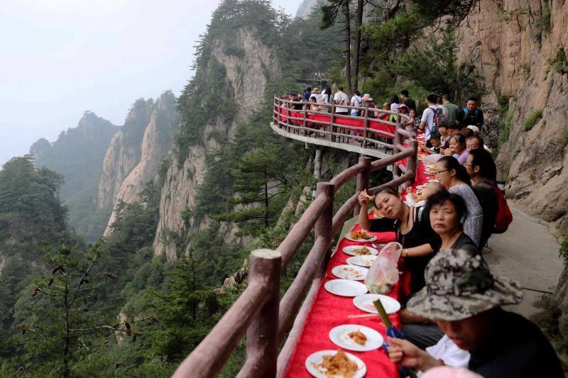 Un banquete a 2.000 metros de altura