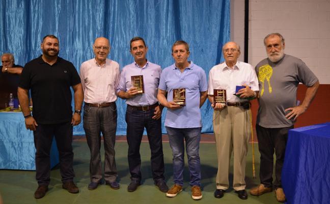 Fidel Ornia, de Miares, gana el XXIII Concurso de Sidra Casera de Sariego