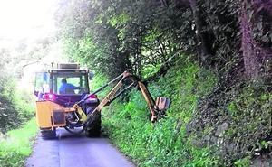 Riosa inicia un plan de choque para mejorar las carreteras municipales