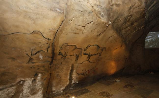 Los concejos con arte rupestre piden «voluntad política» para abrir las cuevas