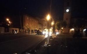 Investigan al joven que volcó un coche en Piloña e intentó huir en taxi