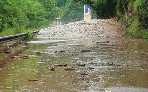 Las lluvias más fuertes de España argayan de nuevo las carreteras asturianas