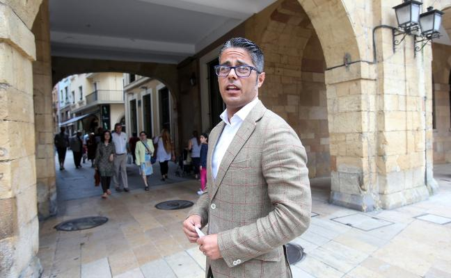 Gerardo Antuña amenaza con presentar una querella contra Ana Taboada por «difamación»