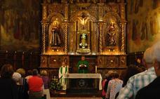 El canónigo de Covadonga celebra en San Antonio de Padua los tres años de la Adoración Perpetua